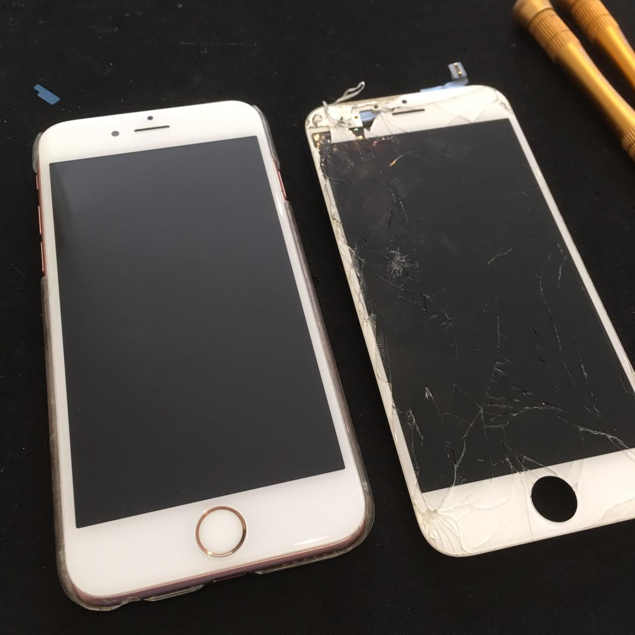 0728|iPhone6s|液晶パネル交換修理