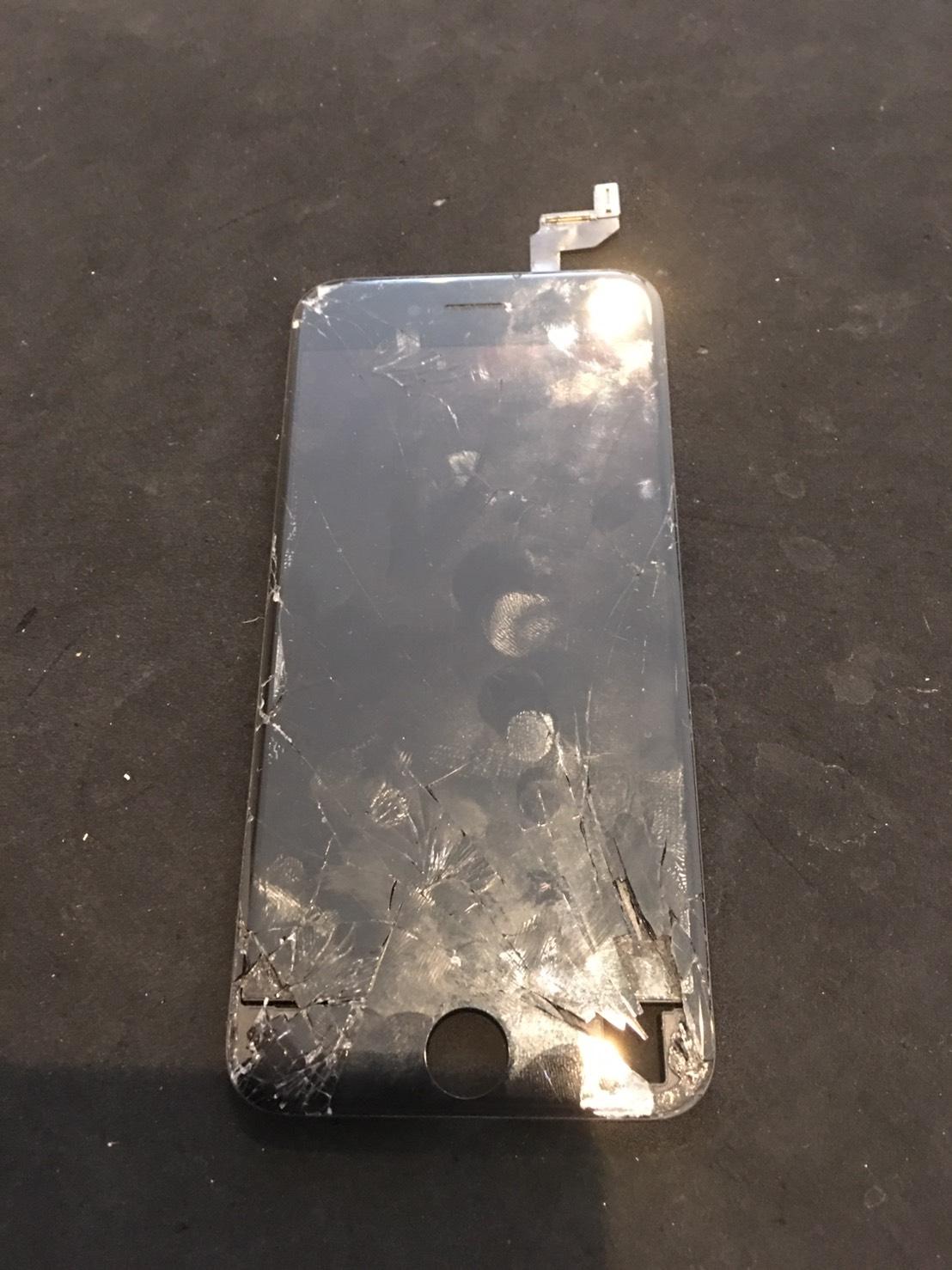 12.6 | iphone6s | パネル交換