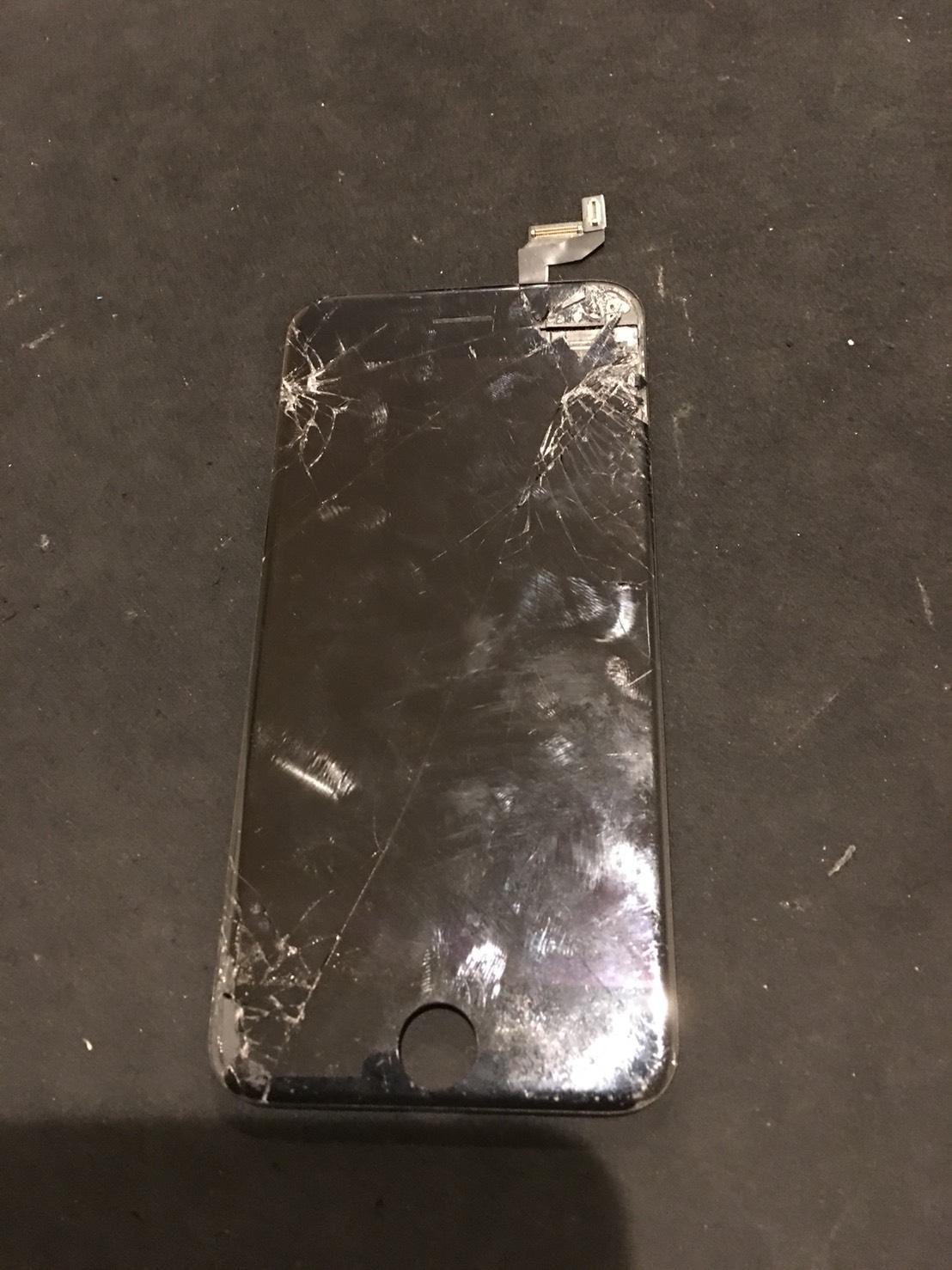 2.8 | iphone6s | パネル交換