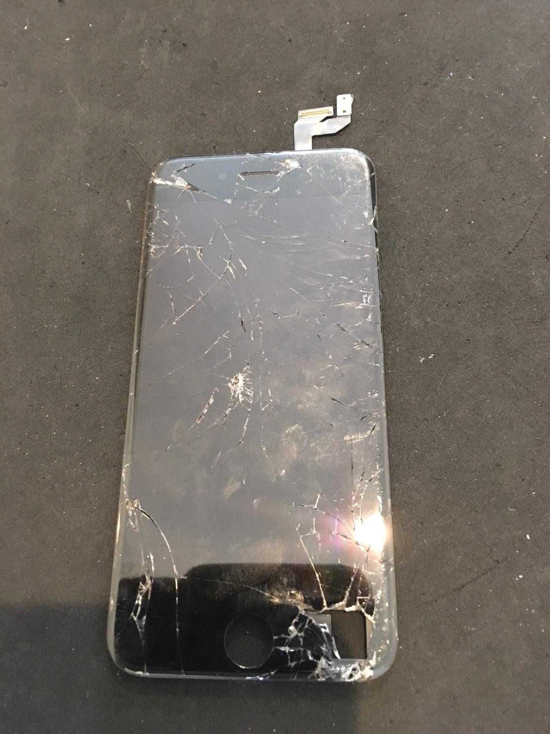 8.29 | iphone6s | パネル交換